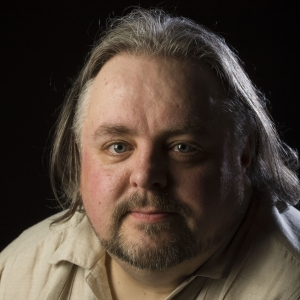 Philip Henry - I had a head full of stories. So for about 25 years I've been writing them down as novels, short stories, screenplays and songs. I started writing movie reviews on my Facebook page just to let my movie-loving freinds know what I thought of certain films. I enjoyed doing it and more and more people started reading them.